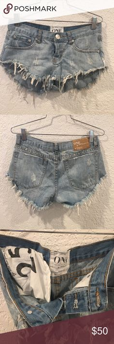 One Teaspoon Bonitas size 25 one teaspoon bonitas size 25. Perfect condition One Teaspoon Shorts Jean Shorts