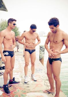 Just another day hanging out in speedos and looking hot. Guys In Speedos, Many Men, Mature Men, Models, Attractive Men, My Guy, Muscle Men, Perfect Man, Perfect Body
