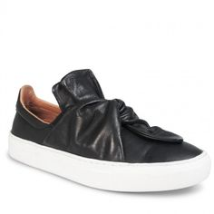 Oporto Black Leather Model No: 255939.0 Description Crafted from supple black leather, these casual kicks are the epitome of contemporary edge. With a unique twist detail and classic white sole, Oporto is the perfect sneaker for any modern girl on the go. Leather Upper Leather Lining Padded Footbed Rubber Sole