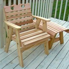 The Cedar Country Hearts Patio Chair design comes with 2 heart cutouts. The unique design has become a big seller with our customers and will look great in any park or garden.