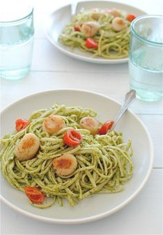 Go green with basil pesto! A great way to enjoy pasta any time of the year. // Linguine with Fresh Pesto and Seared Scallops recipe (Bev Cooks) Seafood Dishes, Pasta Dishes, Seafood Recipes, Pasta Recipes, Cooking Recipes, Healthy Recipes, Cooking Food, Cooking Tips, Linguine