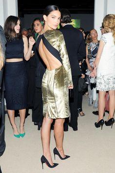 Lily Aldridge in Veronica Beard at the CFDA/Vogue Fashion Fund Awards. Vogue Fashion, Fashion Models, Fashion Beauty, Fashion Tips, Fashion Outfits, Simple Dresses, Pretty Dresses, Short Dresses, Fashion Design World