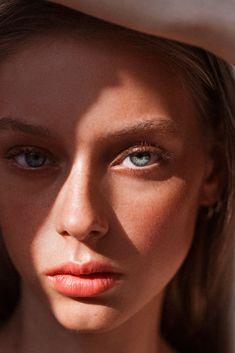 The Beauty Model, Lauren de Graaf Beauty Tips For Face, Clean Beauty, Beauty Hacks, Natural Beauty, Beauty Care, Face Tips, Face Beauty, L'art Du Portrait, Female Portrait