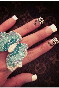 French tips - Leopard print - Nail design