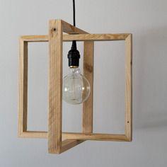 Suspension lumin'air et son ampoule à filament