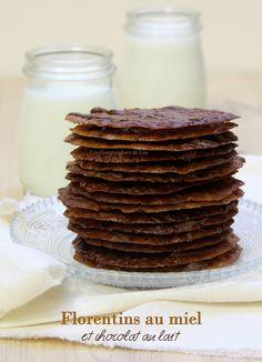 Des biscuits Florentins aussi fins que de la dentelle, délicieusement parfumés au miel et très croustillants. Biscuits Croustillants, Star Food, Cinnamon Powder, Christmas Star, Melted Butter, Cookie Bars, Macarons, Fudge, Crack Crackers