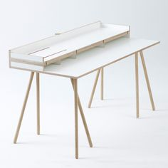 Doppeldecker Table is a minimal design created by Netherlands-based designers Bernotat&Co.