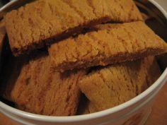 Vilhelmiina-keksit Dessert Recipes, Desserts, Banana Bread, Muffins, Good Food, Sweets, Vegan, Cookies, Baking