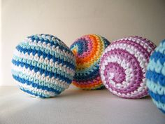 One of my favorite techniques to learn was how to crochet in a spiral…you end up with a project that is beautifully and evenly striped. Toys Patterns amigurumi ravelry Spin Balls pattern by Abigail Gonzalez Spiral Crochet, Crochet Ball, Crochet Baby Toys, Cute Crochet, Yarn Projects, Crochet Projects, Amigurumi Patterns, Crochet Patterns, Crochet Gratis