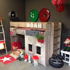halhoogslaper Noah met hut