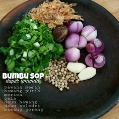 Bumbu Sop Halal Recipes, Asian Recipes, Cooking Recipes, Healthy Recipes, Love Eat, Love Food, Sambal Recipe, Spicy Dishes, Indonesian Cuisine