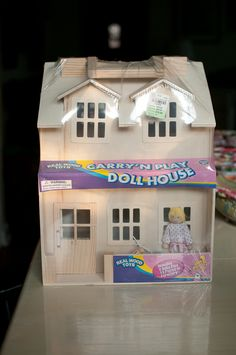 I'm a sucker for this unique dollhouse diy Wooden Dollhouse, Diy Dollhouse, Wood Toys, Real Wood, Pretty Cool, Table Lamp, Tuesday Morning, Dolls, Simple