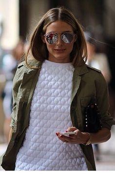 Textura da blusa por baixo do casaco