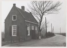 Vintage Photographs, Holland, Buildings, Cabin, House Styles, City, Outdoor, Nostalgia, Dutch Netherlands
