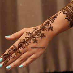 Taking bridal bookings in Nottingham and surrounding areas ❤️ Henna Art, Hand Henna, Henna Designs, Mehndi, Hand Tattoos, Nottingham, Bridal, Instagram Posts, Henna Art Designs