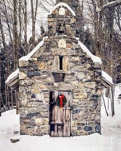 """946 Likes, 22 Comments - Robert Norris (@robertdnorris) on Instagram: """"Love this little stone Chapel on mountain at Von Trapp lodge Stowe, Vermont. ❄️ #StoneChapel…"""""""