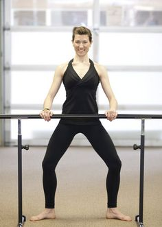 5 classic barre moves to tone your LEGS