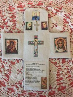 Catholic Crafts, Catholic Prayers, Catholic Art, Catholic Saints, Catholic Holidays, Pictures Of Christ, Religious Pictures, Divine Mercy Prayer, Our Lady Of Czestochowa