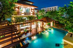 Luxury House for Sale Located on Ratchadapisek (Sale-House) Price : 70,000,000 THB