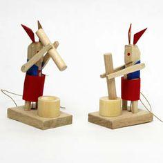 石川県金沢市餅つきウサギ Mochitsuki-Usagi( Rice cake with rabbit) Kanazawa, Ishikawa, Japanese folk toy