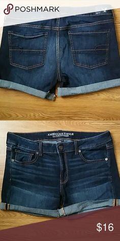 American Eagle jean shorts sz 14 EUC American Eagle super stretch jean shorts. EUC American Eagle Outfitters Shorts Jean Shorts