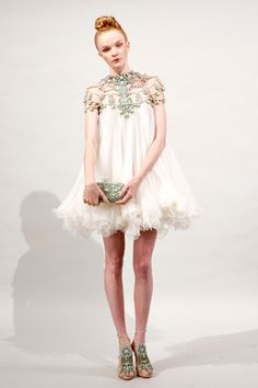 marchesa spring 2011... I want this dress!