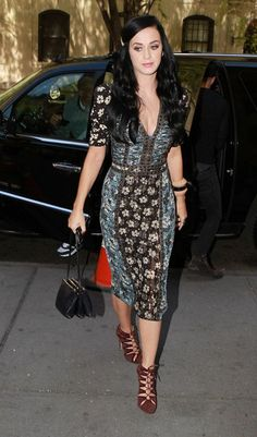Katy perry, Street styles and Style #GooglePlus. #Katy Gorgeous dress and amazing shoes