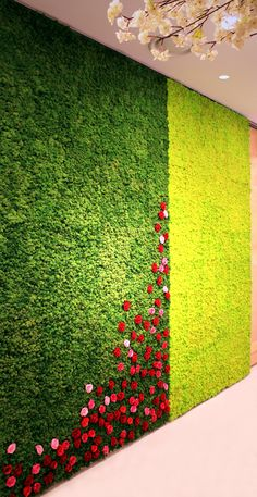 Scandia Moss SM Panel & rose accents - Wedding hall sliding partitions.  Aesthetics with functionality: Fire Safety (NS-EN ISO 11925-2), Harmful Substance Removal & Deodorization (JEM 1467) and Acoustic Insulation (KS F 2805).  Maintenance Free!  www.scandiamoss.com