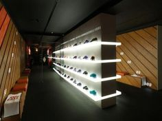 Nike+ Fuelstation – The future of retail design. The internal creatives at Nike in The Netherlands dreamed up the concept store which is attempting to offer an innovative balance of interactive digital elements along with human interaction. Shoe Store Design, Retail Store Design, Retail Shop, Design Commercial, Commercial Interiors, Visual Merchandising, Nike Retail, Interior Architecture, Interior Design