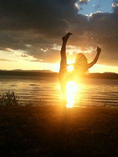 Photo shoot idea ~ gymnastics