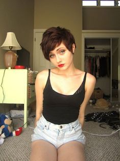asymmetric pixie haircut for girls