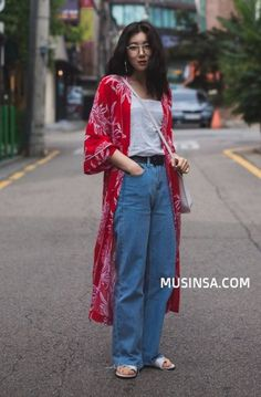 Best Fashion Street Style Summer Korean Seoul IdeasYou can find Japan fashion and more on our website. Street Style Outfits, Asian Street Style, Mode Outfits, Korean Outfits, Casual Outfits, Fashion Outfits, Fashion Fashion, Fashion Ideas, Korean Outfit Street Styles