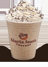 Cookies N Cream Chiller You can try to make your own version of Gloria Jean's… Oreo Smoothie, Smoothie Drinks, Blended Drinks, Blended Coffee, Frappe Recipe, Aussie Food, Cocktails, Mocha Coffee, Frozen Drinks