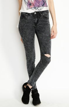 Wholesale #Fashion Bottoms, with good quality and Style, by #WholesaleClothingFactory. #wholesalefashion #WholesaleClothes #boutique #apparel #Style