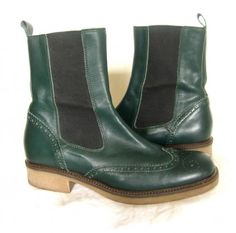 A twist on the classic Chelsea boots, by Cordani.  Deep green leather and wingtip design, gimmie gimmie gimmie!