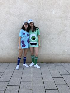 Sully Halloween Costume, 2 Person Halloween Costumes, Halloween Outfits, Mike And Sully Costume, 2 Person Costumes, Mike Wazowski Costume, Partner Costumes, Friend Costumes, Duo Costumes