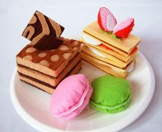 Play Felt food pattern-Lovely sweet cake setMuti-Layer von fairyfox