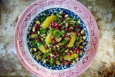 Christmas Quinoa Salad with Oranges, Pomegrantes, Bacon and pistachios
