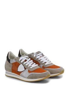 PHILIPPE MODEL PARIS - Sneakers - Uomo - Sneaker in camoscio, pelle laminata e tessuto a retina con suola in gomma. Tacco 30, platform 15 con battuta 15. - TORTORA\ORANGE - € 237.00