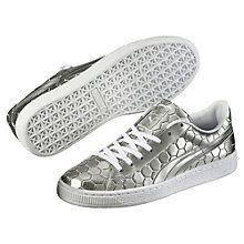 Sleek and streamlined, the PUMA Basket originally hit the scene in the…