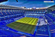 Partido de Fútbol en Santiago Bernabéu, Madrid ✓