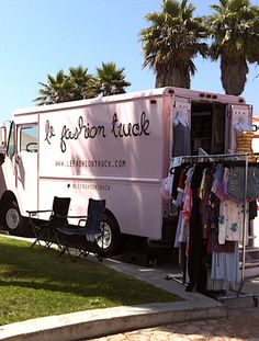 HOT PINK COMBAT BOOTS: Fashion Trucks - your mobile vintage outlet