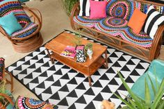 How to decorate your patio with beach towels.