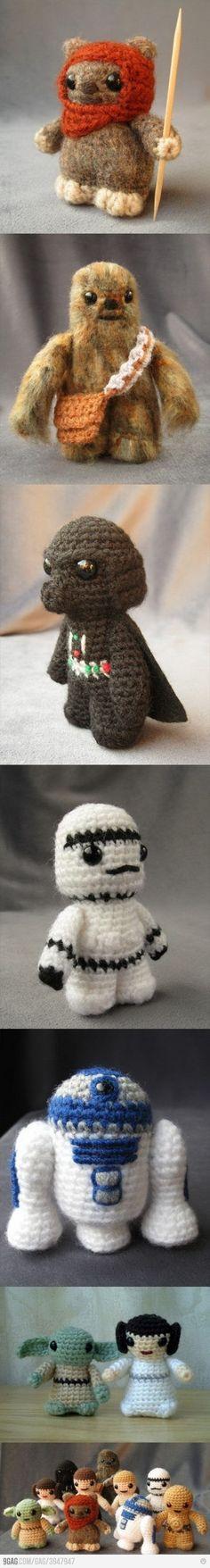 Mother of Cuteness! Mini knit Star Wars figures!