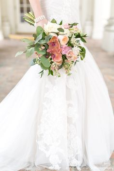 Lace  Wedding Dress by Bliss Monique Lhuillier    Photo by Amalie Orrange Photography