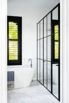 Modern Black and White Bathroom Design Bathroom Interior Design, Modern Interior, Architecture Career, Melbourne House, Famous Architects, White Bathroom, Bathroom Laundry, Bathroom Goals, Bathroom Ideas