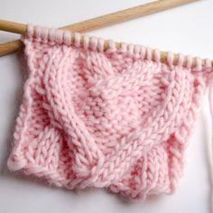 Te traemos la mayor variedad de tipos de punto que puedes encontrar en lana, algodón y trapillo. Para tejer o hacer ganchillo.