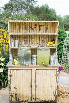 lemonade marvelous drink for rustic garden wedding