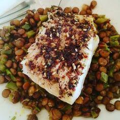 Torsk med za'atar Zucchini, Vegetables, Food, Veggies, Essen, Vegetable Recipes, Yemek, Squashes, Meals
