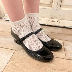 Mary Jane Shoes, Cute Shoes, Mary Janes, Flats, Fashion, Asian Woman, Socks, Mary Jane Wedges, Loafers & Slip Ons